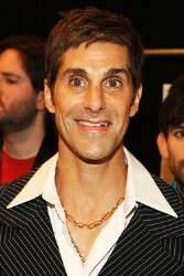 'Twilight' Soundtrack Gets Brand-New Song From Perry Farrell