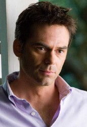 Billy Burke on Fringe Tonight!