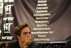 Rob In Chicago + Is New Moon Ready To Shoot in Feb?