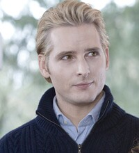 New Peter Facinelli Interview