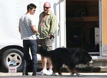 Breaking Dawn Set Pics!