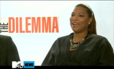 Queen Latifah Explains That Awkward PCA Interview w/ Rob, Kristen & Taylor