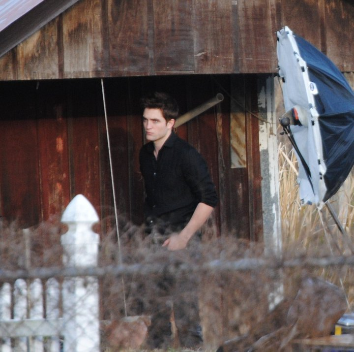 "Rob Will Be on the Cover of ""Vanity Fair""s April Issue"