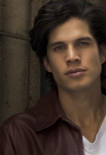 "JD Pardo To Play Nahuel In ""Breaking Dawn"""