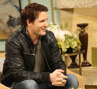 "Peter Facinelli on What It's Like Shooting ""Breaking Dawn"" Parts 1 & 2 at the Same Time"