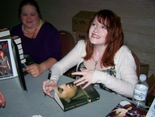 Cassandra Clare, Richelle Mead, and Beefcakes, Oh My!