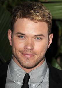 Kellan Lutz Talks to E! about Being Homesick While Filming 'Breaking Dawn'
