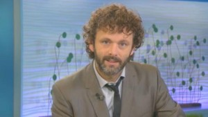 Michael Sheen Does a Dramatic Reading of Twilight Fan Fiction