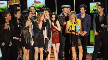 The Twilight Saga: Breaking Dawn Countdown: A Look at Twilight's History at the MTV Movie Awards
