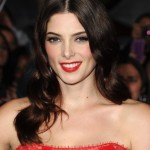 Ashley-Greene-at-Breaking-Dawn-Premiere-4-435x580
