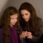 bella-renesmee-locket