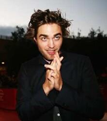 'Twilight' Countdown: Robert Pattinson and his vampire pals