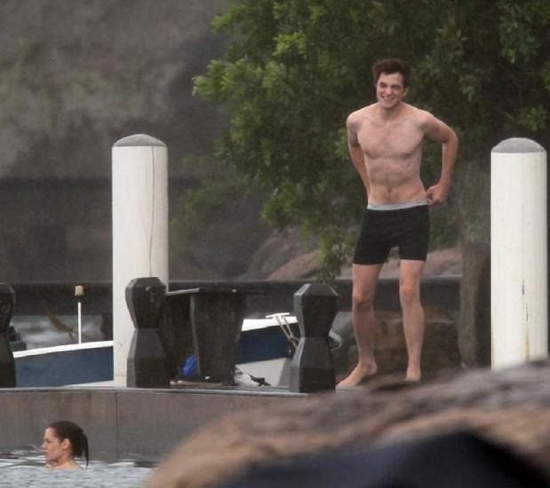 Photos of Rob & Kristen Filming Swimming Scene