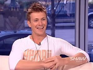 "Charlie Bewley Talks to Urban Rush about the ""Run for Your Life"" Campaign"