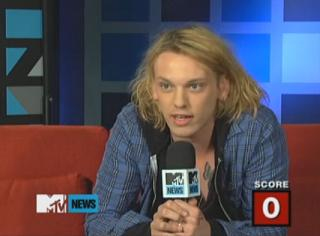 Jamie Campbell Bower Quizzed on Twilight Trivia