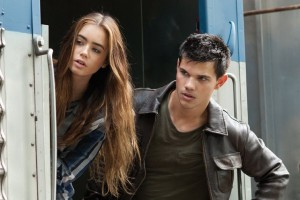 Two New 'Abduction' Stills!